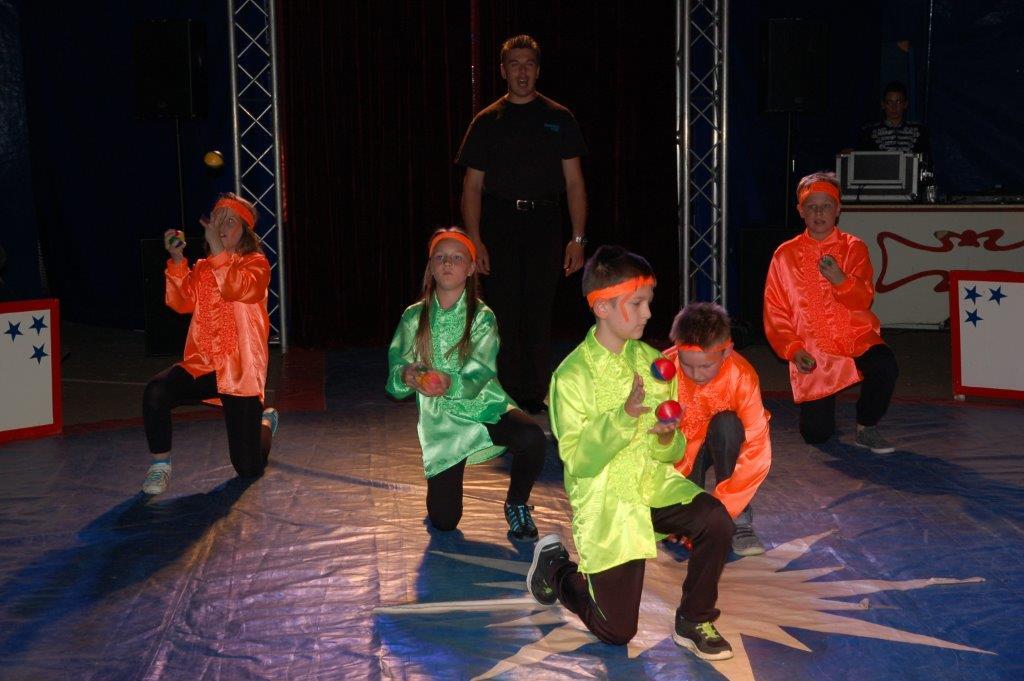 Zirkusprojekt Grundschule Alfhausen 2015 004