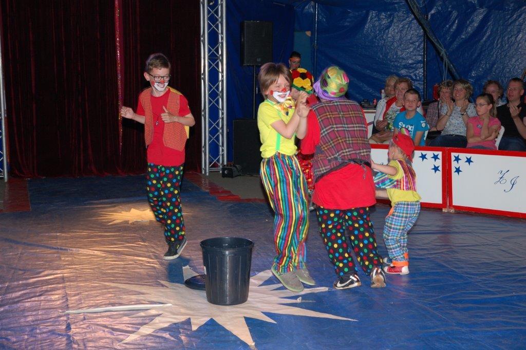 Zirkusprojekt Grundschule Alfhausen 2015 063
